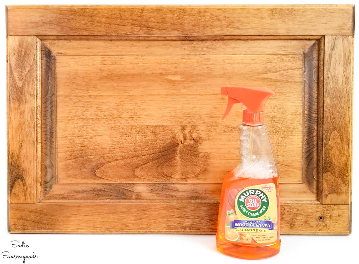 cleaning wood with murphy oil soap