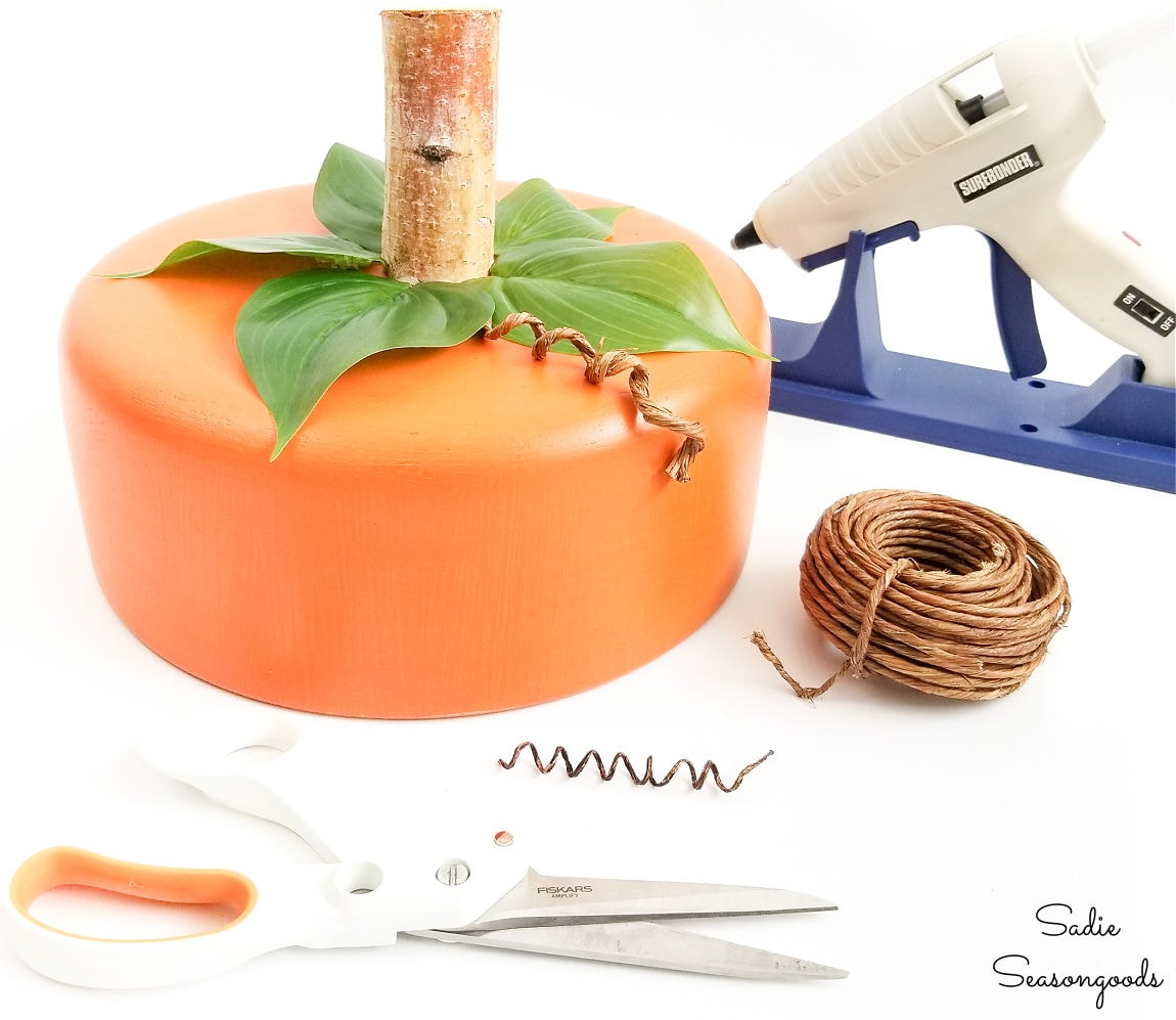 making a cake dome and pumpkin centerpiece