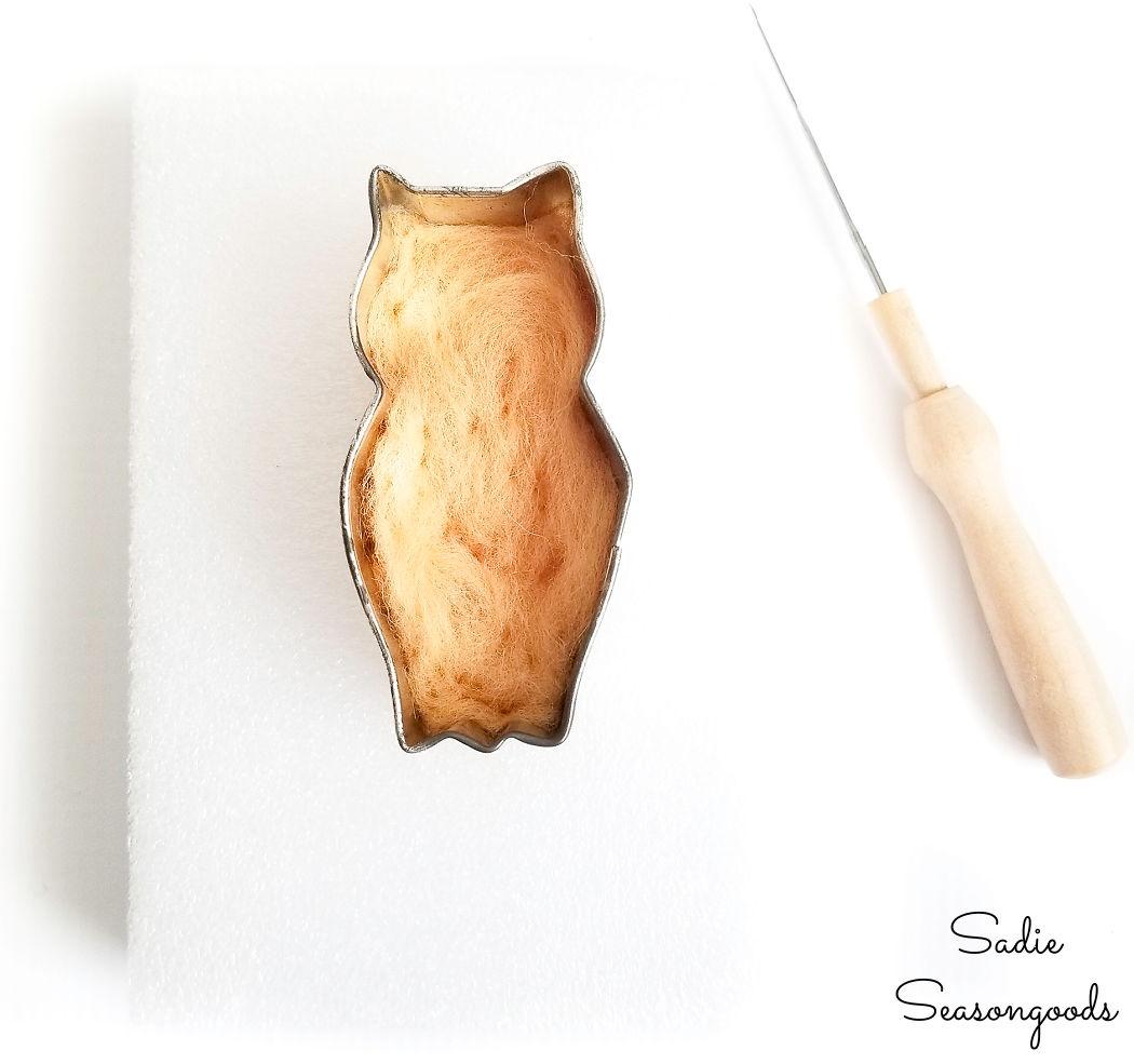 making a needle felt owl