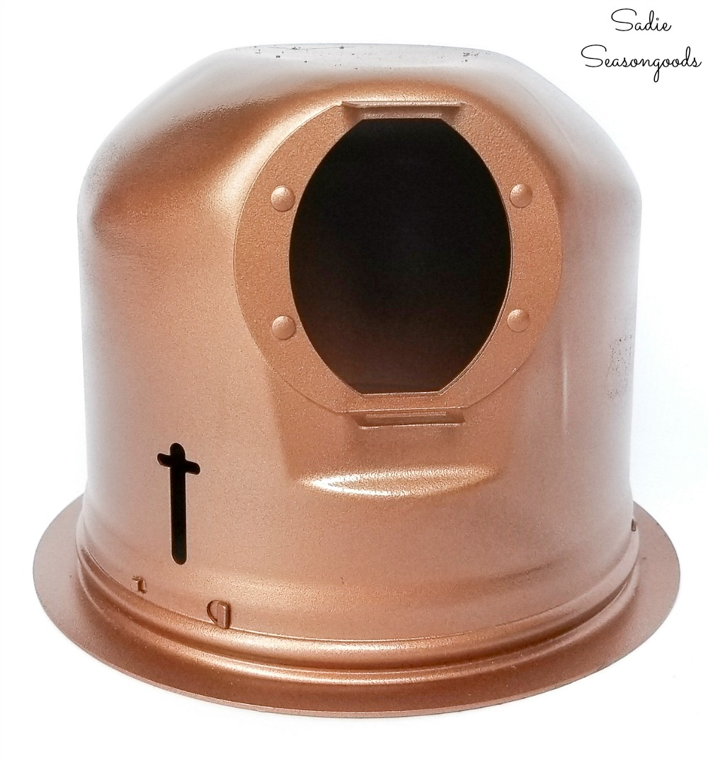 Recessed light housing with copper spray paint