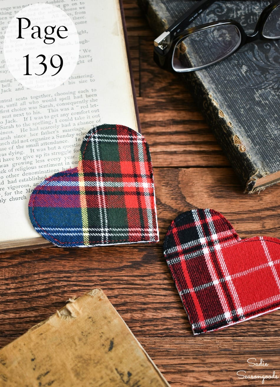 DIY bookmarks as gifts for readers