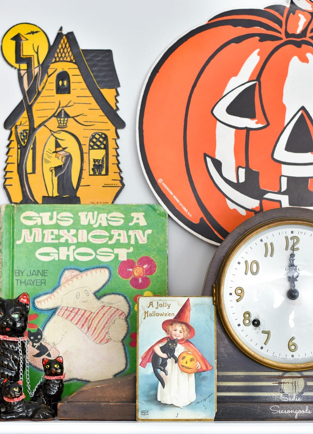 How to display the vintage Halloween decor on a mantel