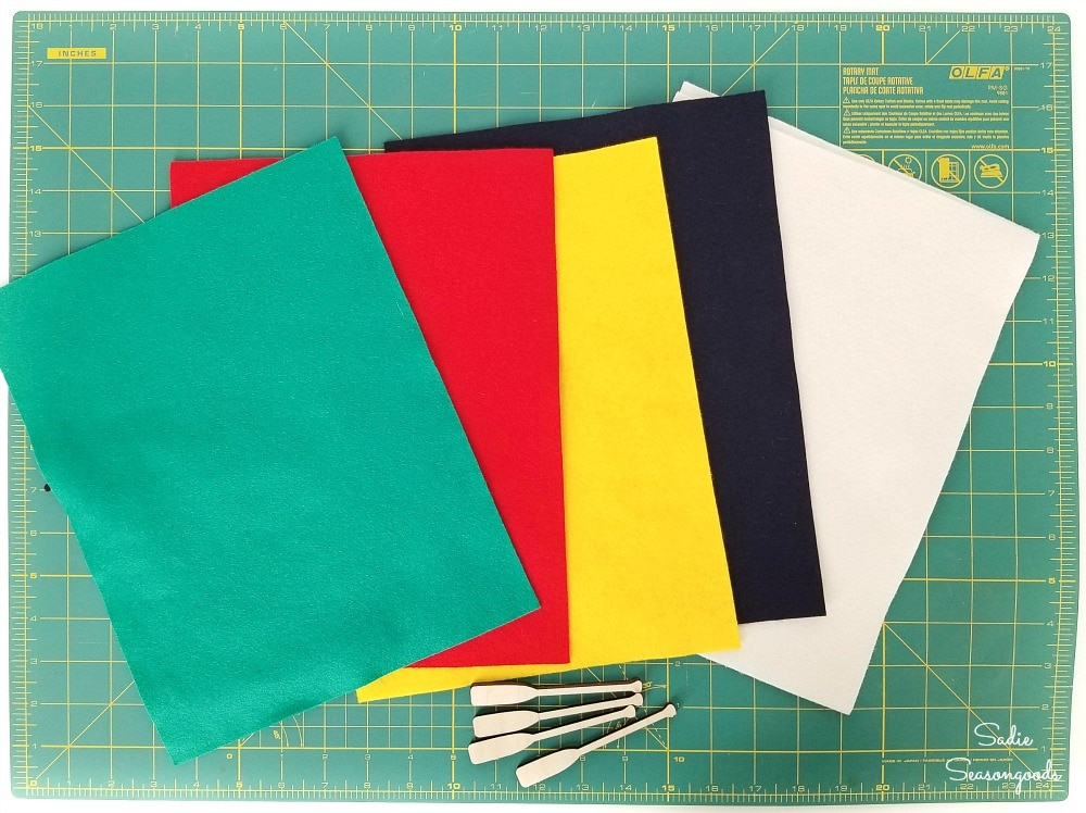 Felt sheets in Hudson Bay colors