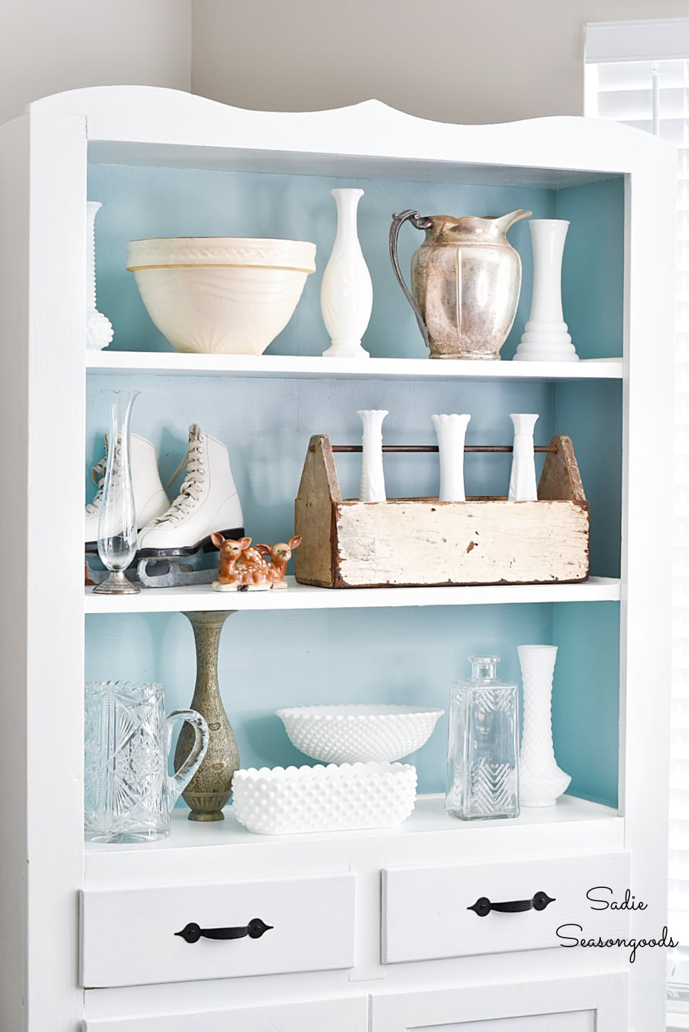Winter decorating ideas with vintage milk glass