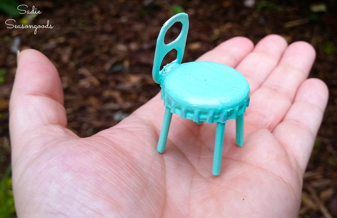 Fairy garden chair from a bottle cap