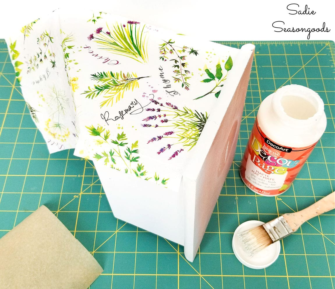 how to decoupage with paper napkins