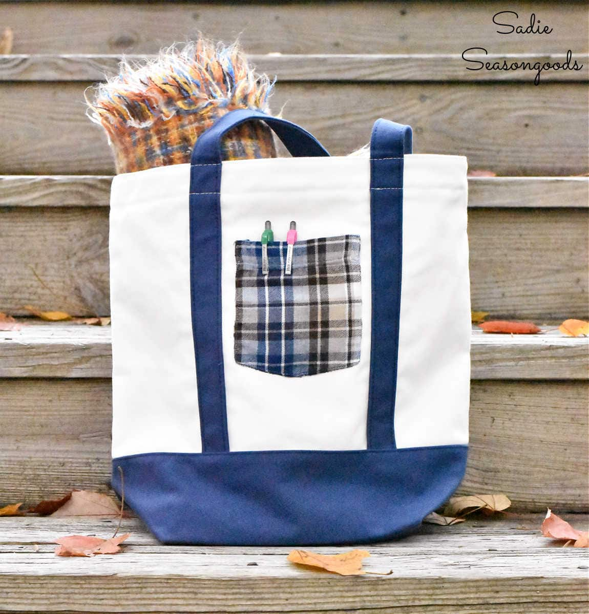 embellishing a canvas tote bag with a shirt pocket