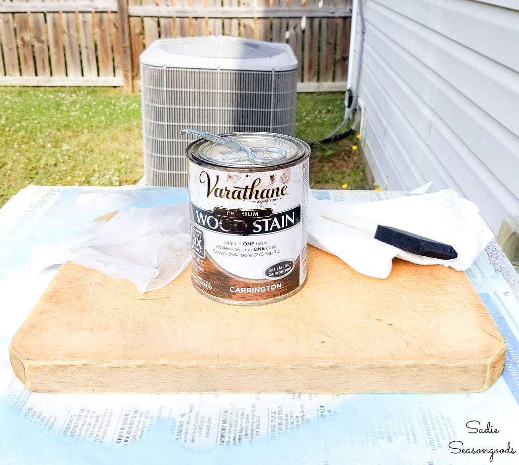 staining a wood cutting board